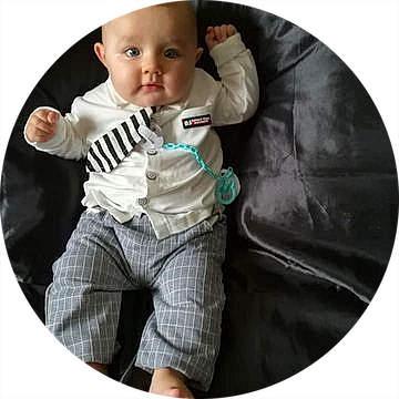 bebe 5 mois